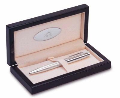 ручка с гравировкой в качестве подарка на юбилей