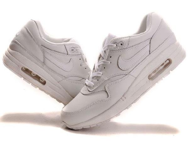 модные кроссы от Найк